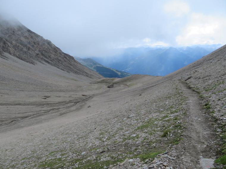 Austria Hohe Tauern, Granatspitze Ridge, Back down Durrenfeld corrie, Walkopedia