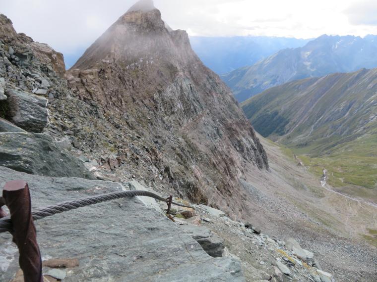 Austria Hohe Tauern, Granatspitze Ridge, Klettersteig descent from Durrenfeld pass, Walkopedia