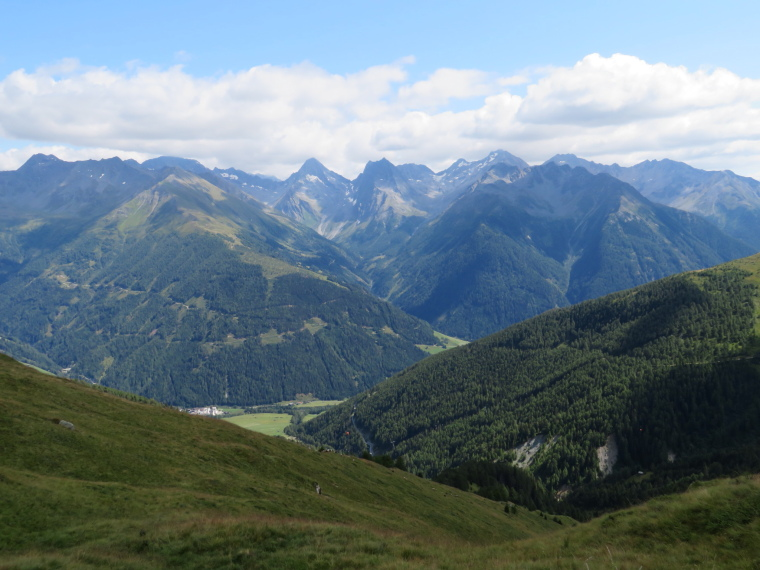Austria Hohe Tauern, Granatspitze Ridge, Above Kals valley, Walkopedia