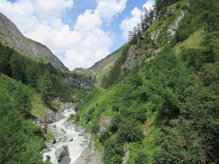 Austria Hohe Tauern, Above Virgental Valley, Up lower Dorfer Tal, Walkopedia