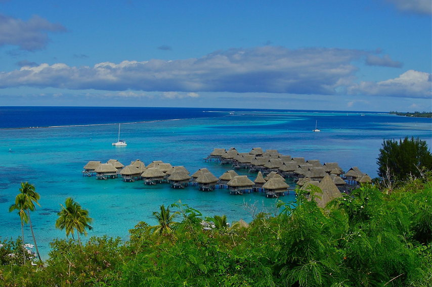 Moorea French Polynesia  - © wiki user Andy Mondragon
