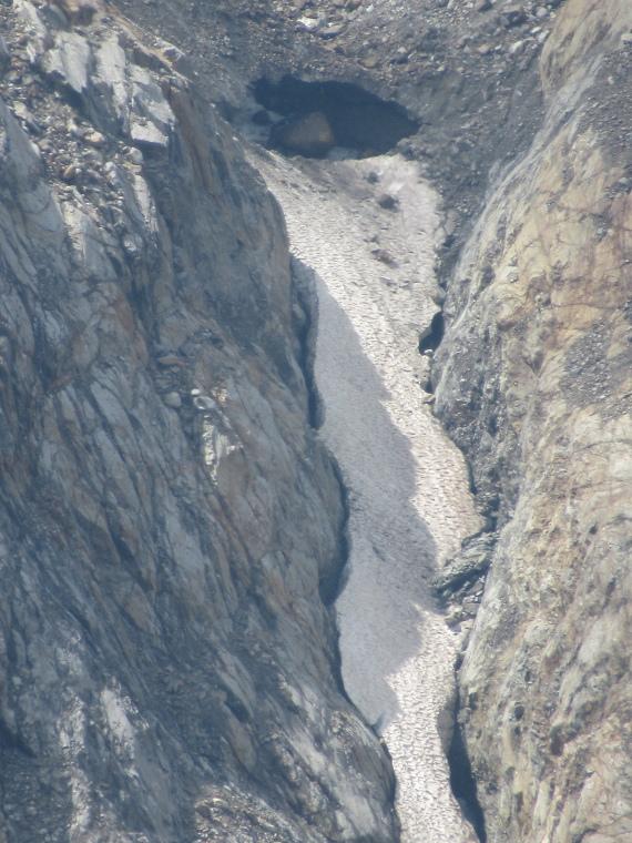 Mairspitze: Glacier base - © Will Mackesy