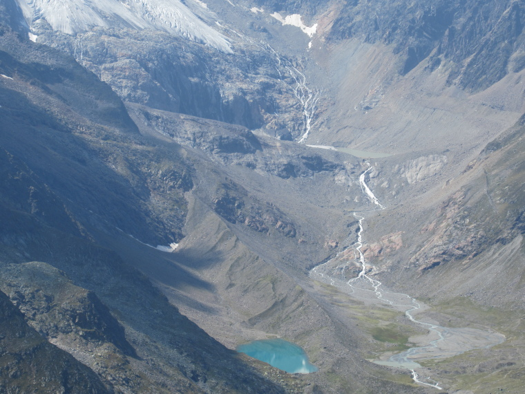 Mairspitze: Valley above Sulzenau Hut, where a glacier is on the map - © Will Mackesy