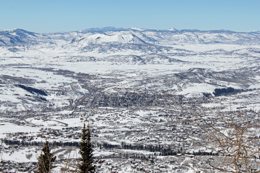 USA North-west, Great Basin Divide, Wyoming, Mountain-Top View of Steamboat Springs , Walkopedia