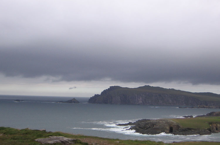 Dingle Peninsula - © By Flickr user bhenak