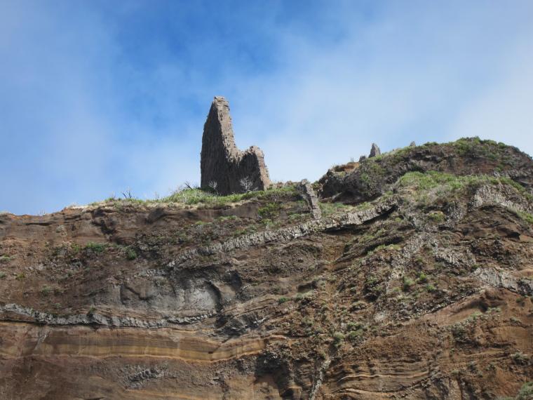Pico Ruivo from Achado do Texeira: © William Mackesy