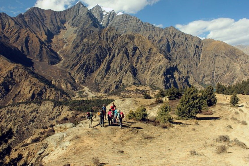 Dolpo: Overlooking Ringmo - © Nick Ince
