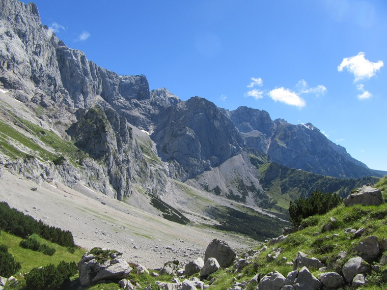 Northern Limestone Alps: Dachstein,  East fromTor pass - © William Mackesy