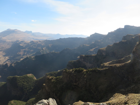 Ethiopia Simien Mts, Mt Buahit, Morning light, escarpment edge  on Buahit slopes, Walkopedia