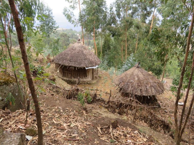 Ashetan Maryam: Village edge at roadhead - © William Mackesy
