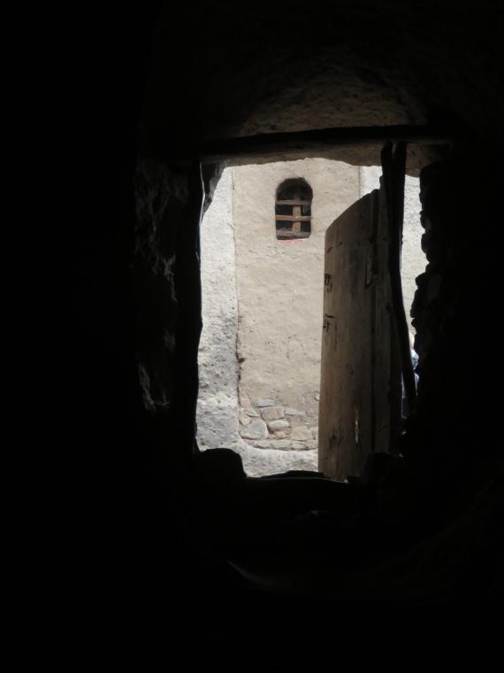 Top of tunnel - © William Mackesy