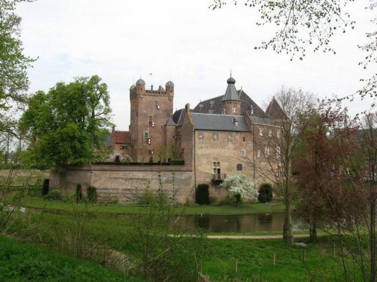 "Noaberpad: ""s-Heerenberg castle ( Berg Castle) - © Hans Plas"