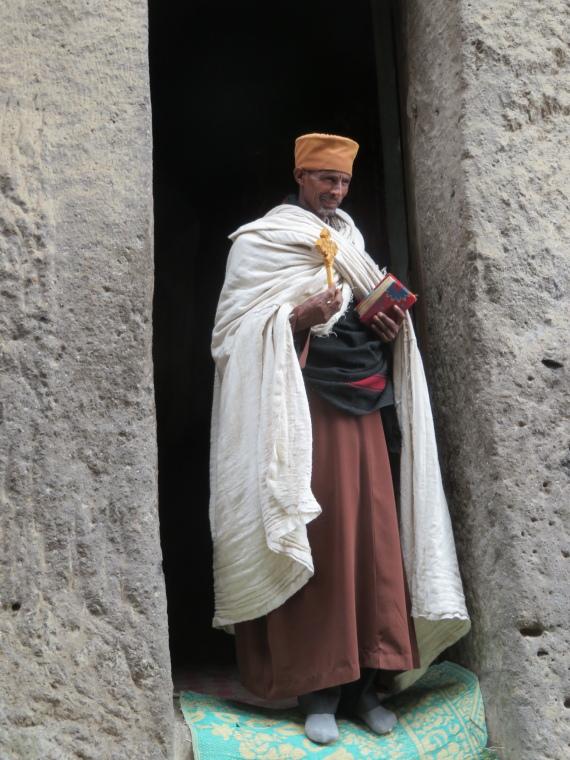 Ethiopia Lalileba Area, Around Lalileba, Ashetan Maryam,  The priest was a sweet man, Walkopedia