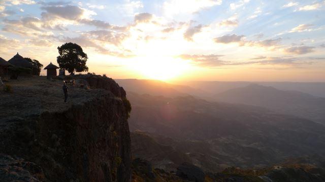 Ethiopia Lalileba Area, Around Lalileba, Wollo, escarpment edge, sunset , Walkopedia