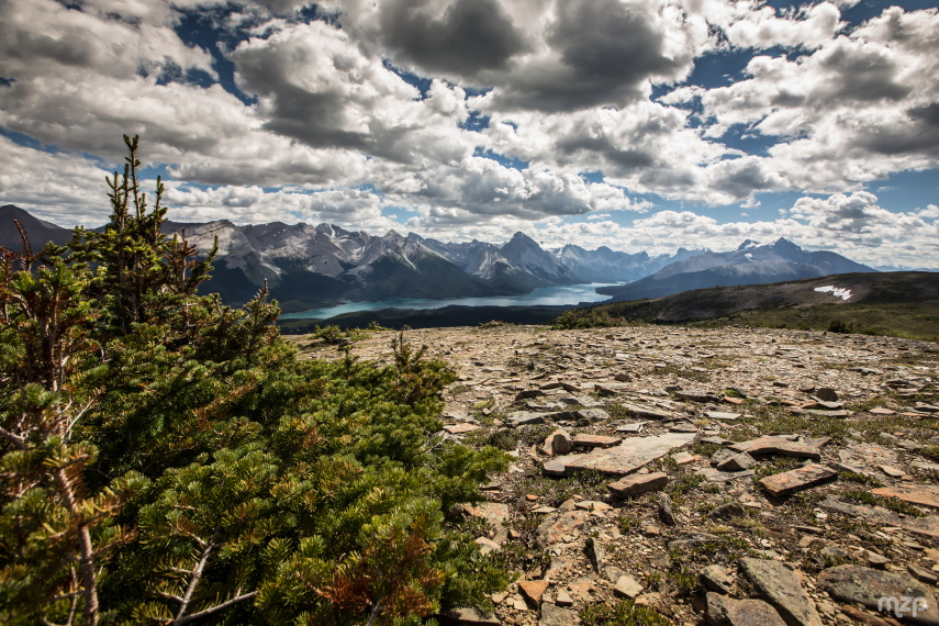 Bald Hills : Clouds over Maligne Lake - © Flicker user mzagerp
