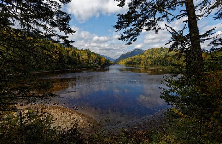 Beaver Lake to Jacques Lake: Jacques Lake  - © flickr user wolf4max