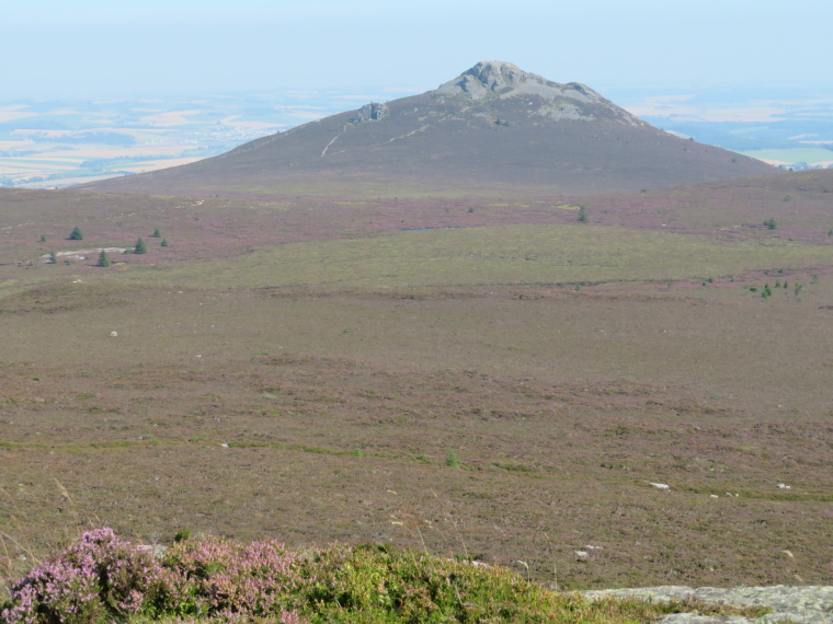 United Kingdom Scotland Aberdeenshire, Bennachie, Mither Tap from Oxen Craig, Walkopedia