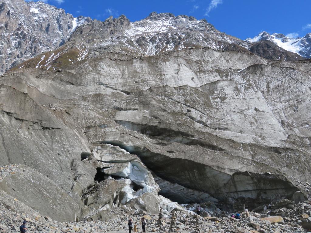 Shkhara glacier - © William Mackesy