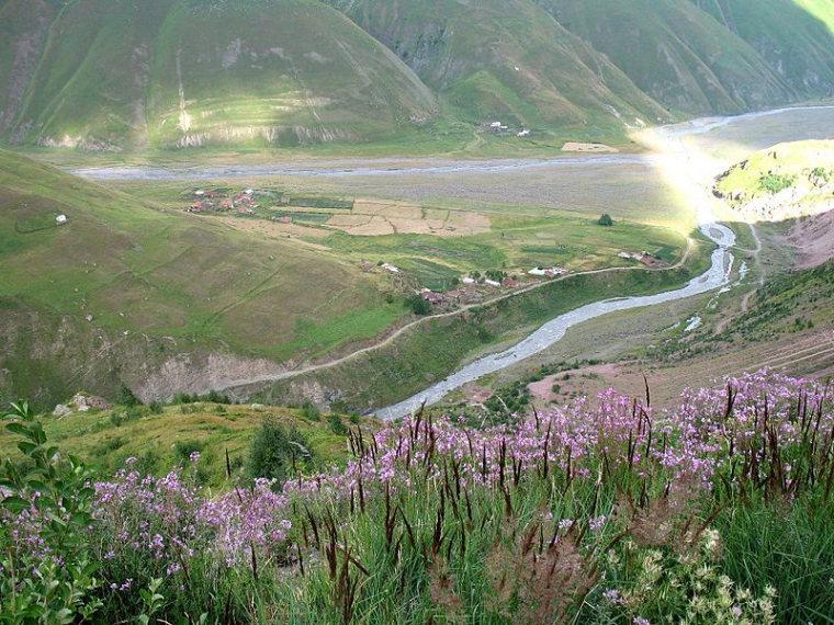Truso Valley, Keli Plateau:  Villages Okrokana and Shevardeni - © Wiki Commons