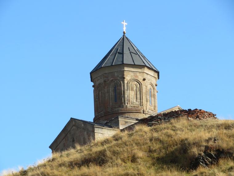 Khevi, Kazbegi and the Military Highway : Tsminda Sameba church - © William Mackesy