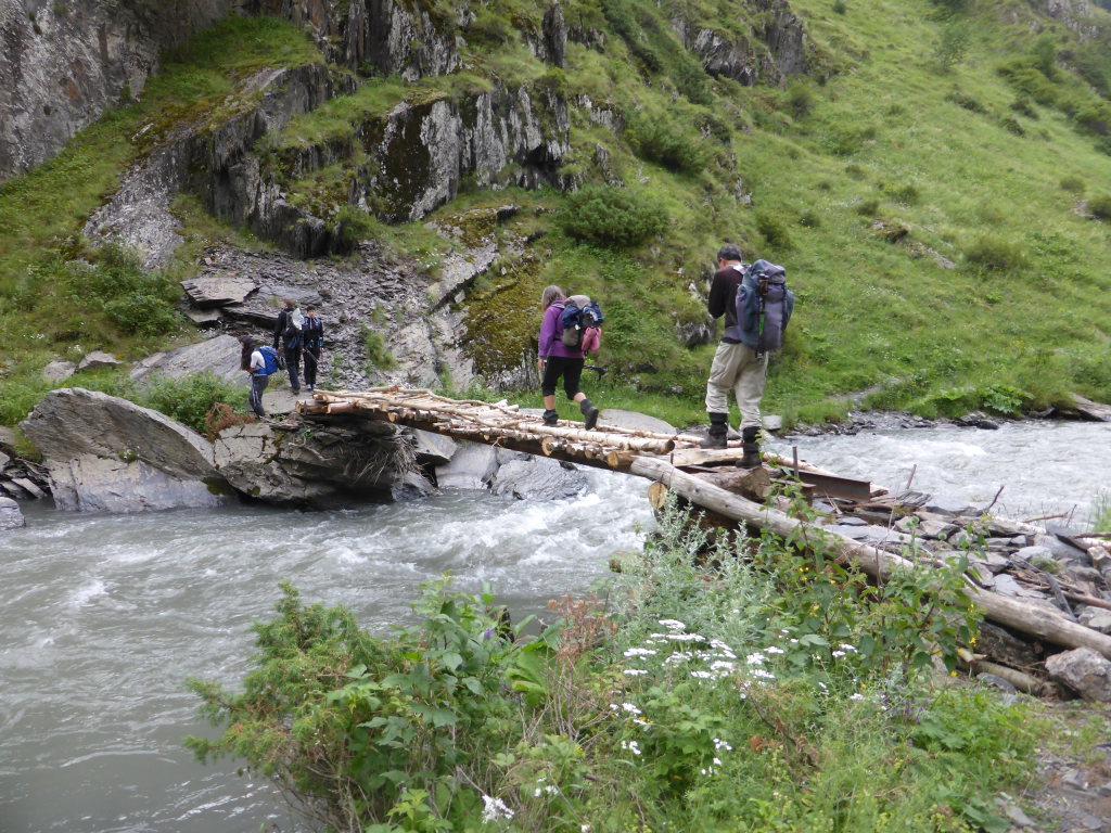Tusheti and Khevsureti: Track to Atsunta pass
