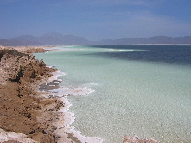 Djibouti: Lac Assel  - © Wikicommons user Tyke