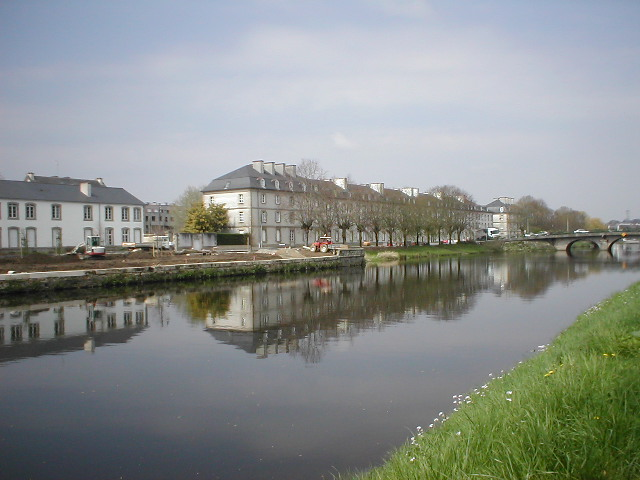 France Brittany, Brest-Nantes Canal, Pontivy, Walkopedia