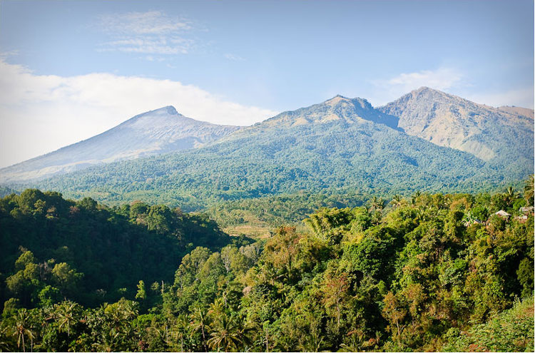 Mount Rinjani: View on Rinjani - ? From Flickr user JosDielis