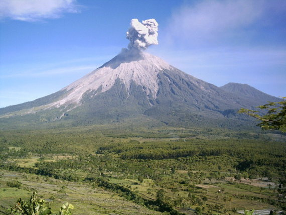 Mt Semeru erupting  - © flickr user- zsoolt
