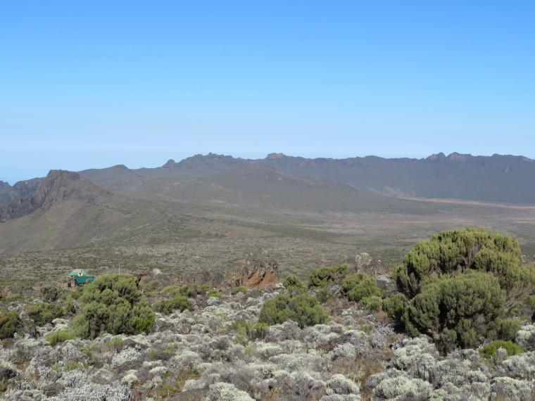 Tanzania Mount Kilimanjaro, Lava Tower, Plateau from above Shira 2, am, Walkopedia