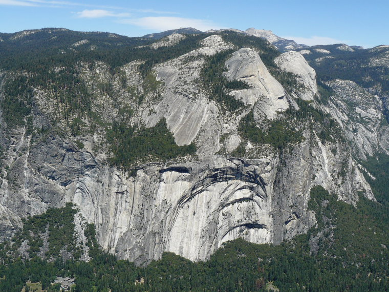 USA California Yosemite, North Dome, Yosemite Royal Arches, Walkopedia