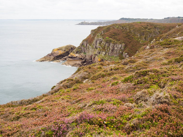 France Brittany, GR34, Emerald coast, Walkopedia