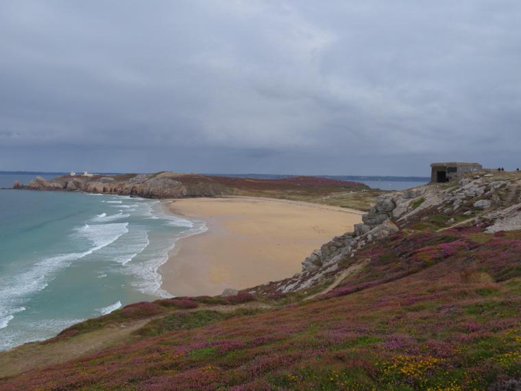 France Brittany, GR34, Crozon, WW2 battery, Walkopedia