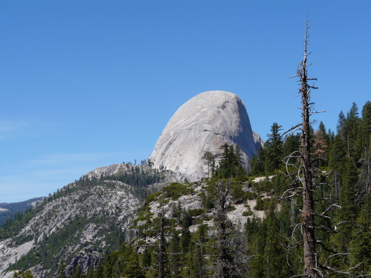 USA California Yosemite, Off Glacier Point Road , Half Dome from Panorama Trail, Walkopedia