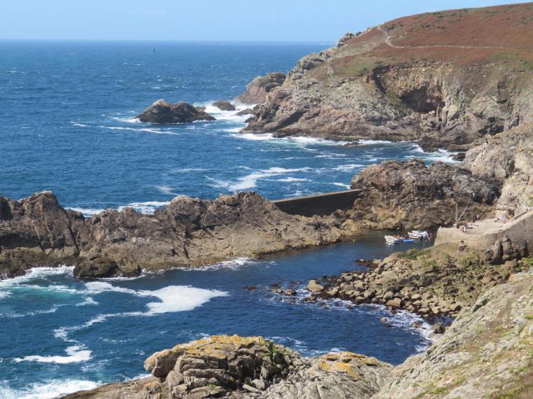 Brittany: Cap Sizun - © William Mackesy