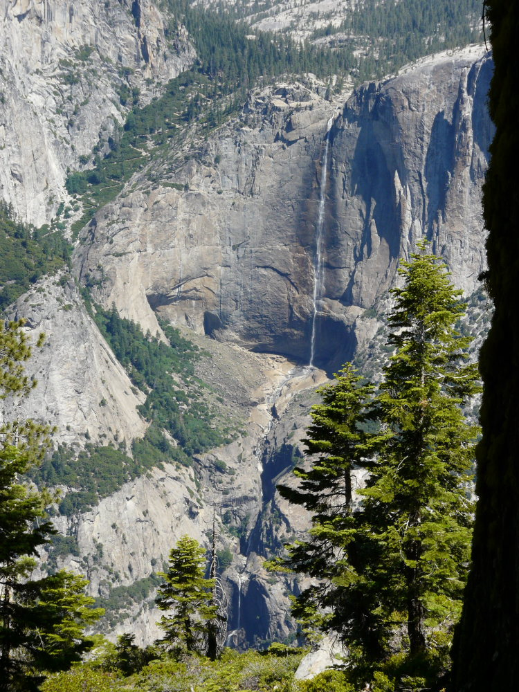 Sentinel Dome and Taft Point: Yosemite Falls from below Sentinel Dome - © Flickr user jb10okie