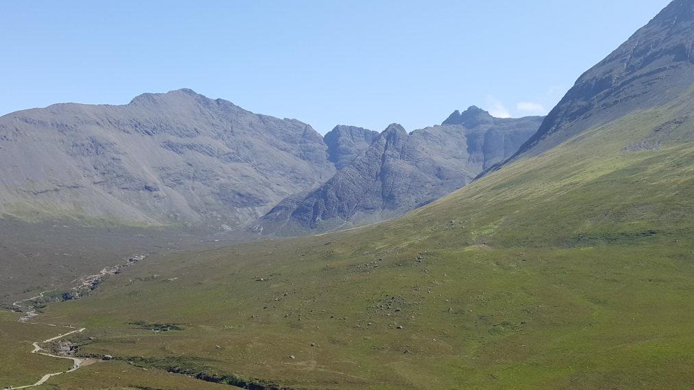 United Kingdom Scotland Isles Skye, Coire na Creiche, Afternoon light, Walkopedia