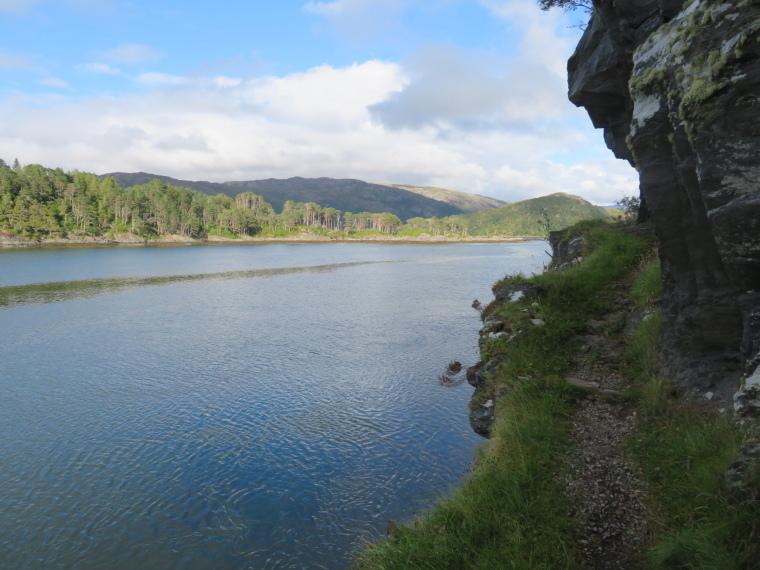 United Kingdom Scotland NW Highlands Ardnamurchan,  Silver Walk, Crossing cliffs, Walkopedia