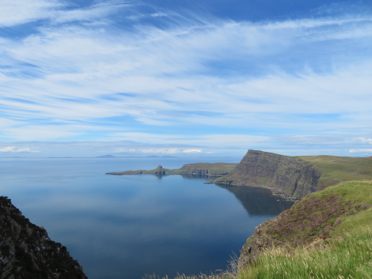 United Kingdom Scotland Isles Skye, NW Capes and Cliffs, Neist Point, Waterstein Head from Ramasaig Cliff, Walkopedia