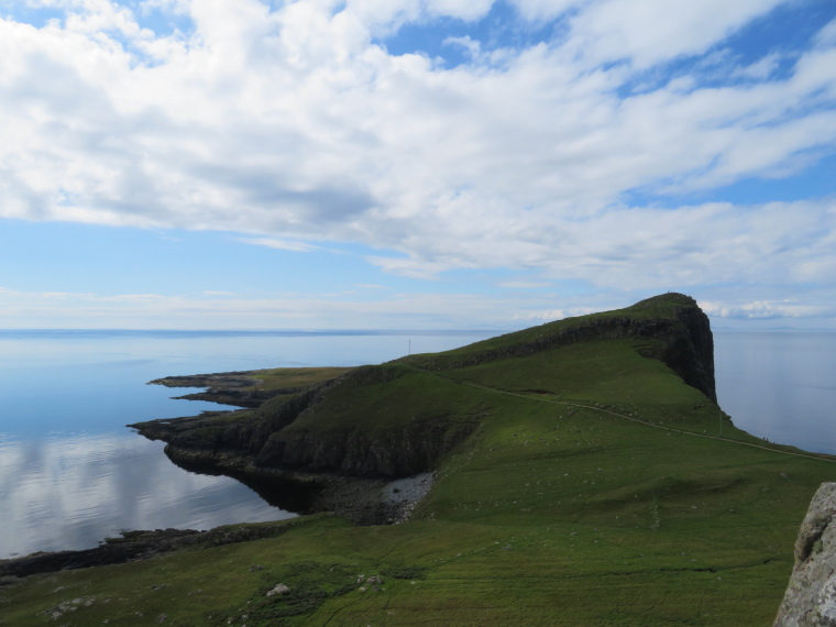 United Kingdom Scotland Isles Skye, NW Capes and Cliffs, Neist Point, Walkopedia