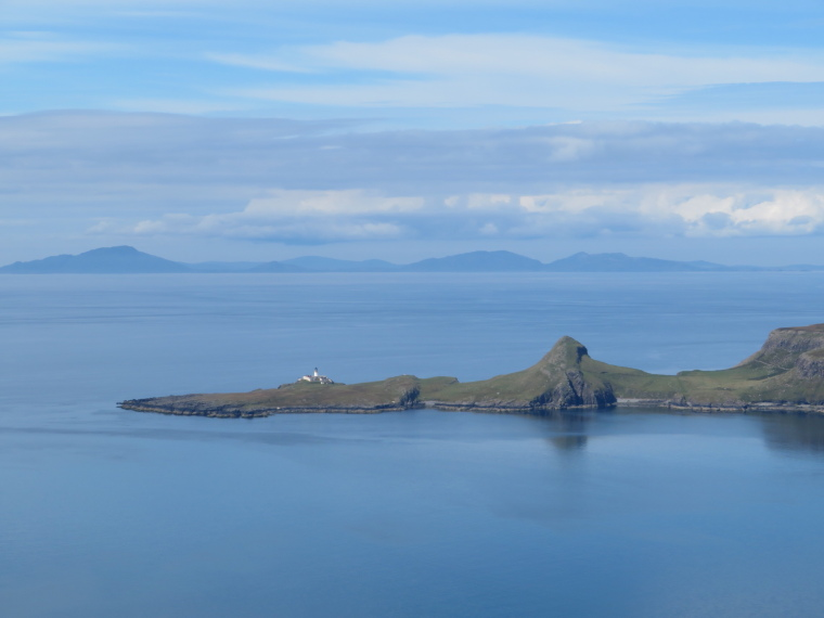 United Kingdom Scotland Isles Skye, NW Capes and Cliffs, Neist Point from Ramasaig Cliff, Walkopedia