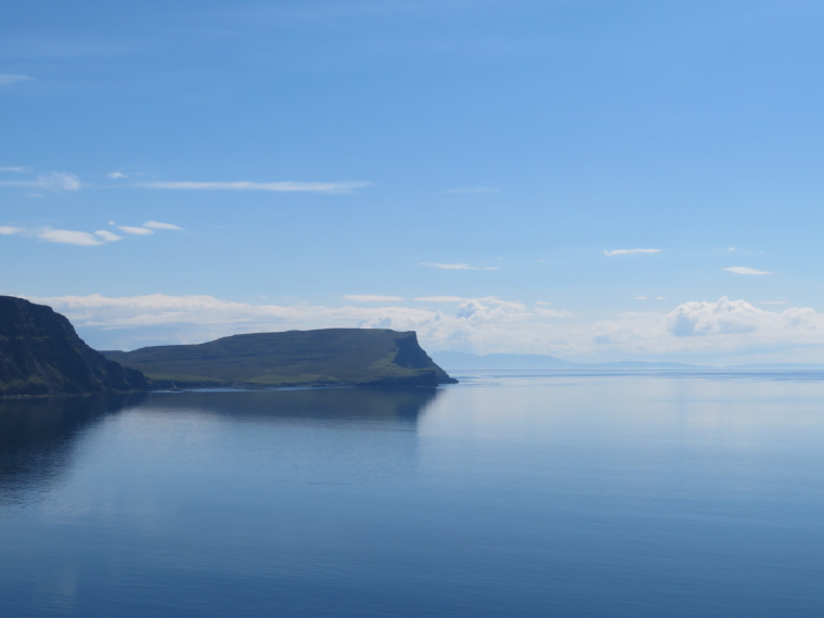 United Kingdom Scotland Isles Skye, NW Capes and Cliffs, The Hoe from Neist Point, Walkopedia