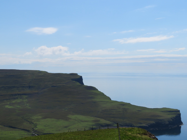United Kingdom Scotland Isles Skye, NW Capes and Cliffs, The Hoe from Ramasaig Cliff, Walkopedia