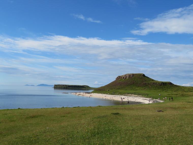 United Kingdom Scotland Isles Skye, Coral Beach, Coral Beach, Walkopedia