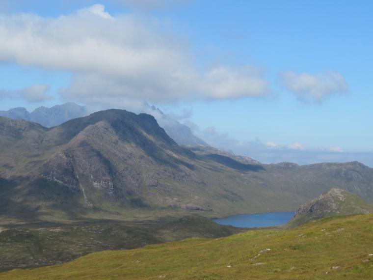 United Kingdom Scotland Isles Skye, Glen Sligachan, Up lower Glen Sligachan from above Camasunary, Walkopedia