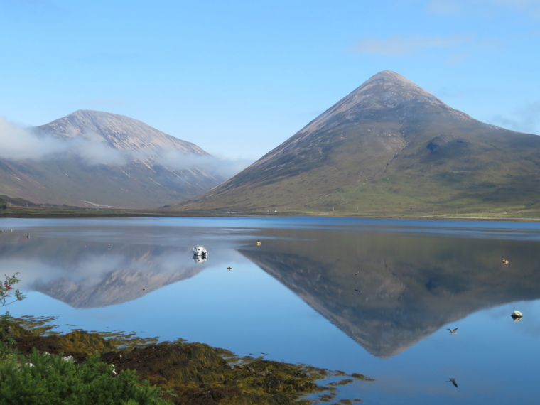 United Kingdom Scotland Isles Skye, Strath Mor and Strath Beag, Loch Slapin and Strath Mor, Walkopedia