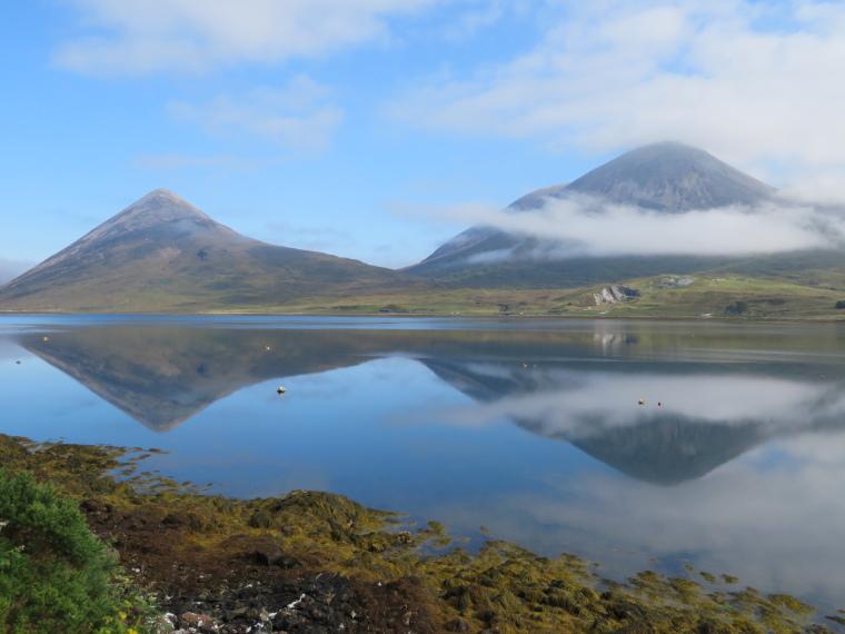 United Kingdom Scotland Isles Skye, Strath Mor and Strath Beag, Strath Beag between hills, across Loch Slapin, Walkopedia