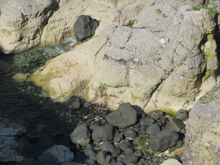 United Kingdom Northern Ireland Causeway Coast, Causeway Coast Way, lava and chalk, Walkopedia