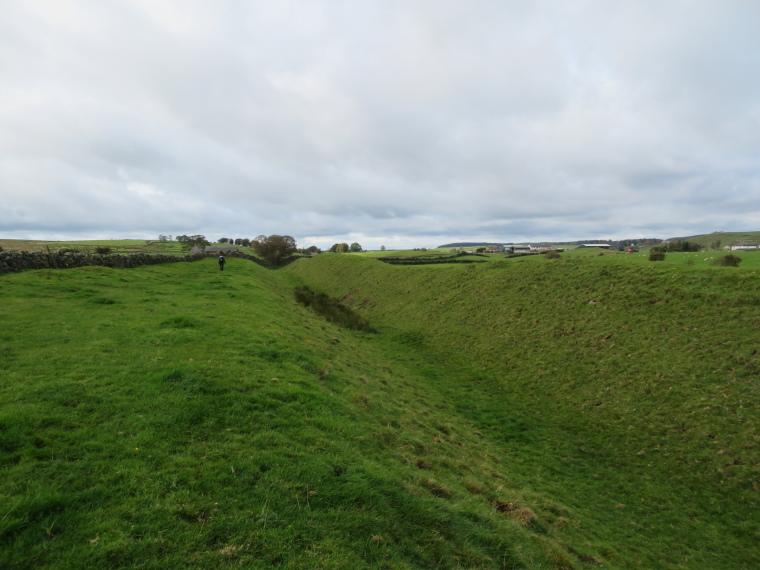 United Kingdom England Hadrian's Wall, Cawfields to Birdoswald,  East of Gildland, Walkopedia