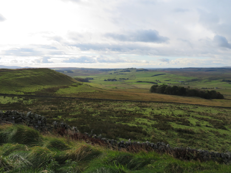 United Kingdom England Hadrian's Wall, Sewingshields to Cawfields, , Walkopedia